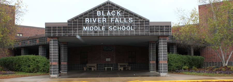 Front+of+Black+River+Falls+Middle+School+building